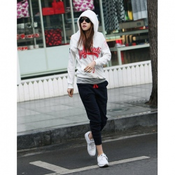Amanda49 Autumn New Arrival Casual and Loose Long Sleeve Hooded Sweater