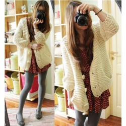 Amanda49 Warmly and Cute V-Neck Double-Pocket Long Sleeves Sweater For Women